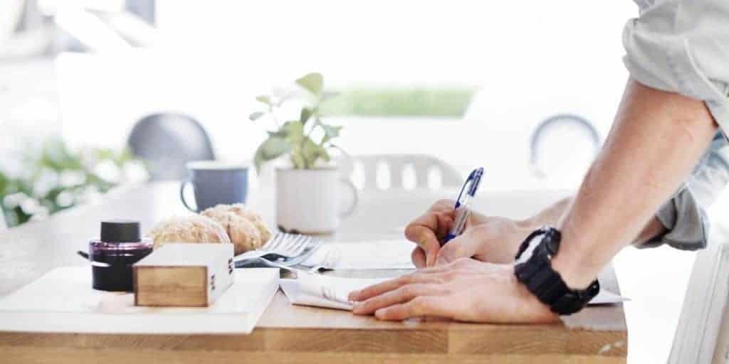 bisnis online, cara membangun bisnis online, ide bisnis rumahan, bisnis media sosial, bisnis masa kini