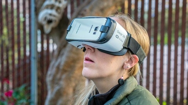 Samsung Gear VR, harga Samsung Gear VR , spesivikasi Samsung Gear VR , gadget unik dari samsung, samsung promo lebaran