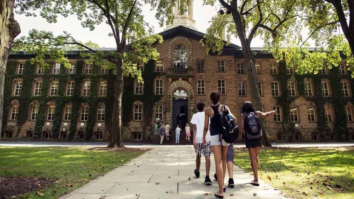 Kampus Idaman, Mahasiswa baru,fashion mahasiswa, mahasiswa busana modern