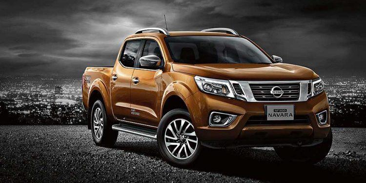 Nissan Navara Orange