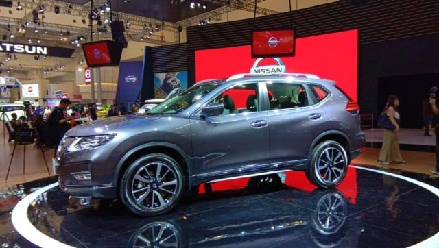 Nissan X-Trail on GIIAS
