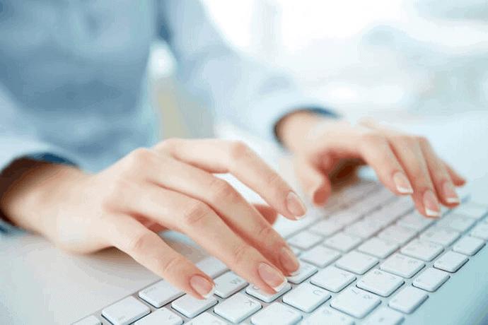laporan keuangan, motivasi kerja keras, mencari leads, mulai aktif ngeblog, belajar bahasa pemrograman,membeli laptop, tips membeli laptop