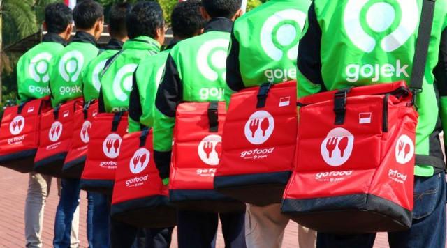 Mitra Gofood layanan food delivery tercepat sampai di tangan pelanggan
