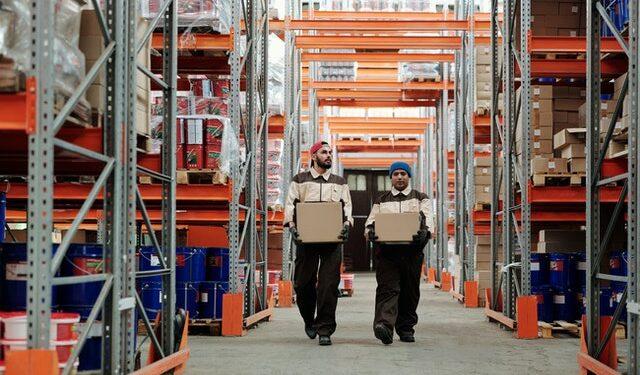 Temukan sistem manajemen Inventory Terbaik