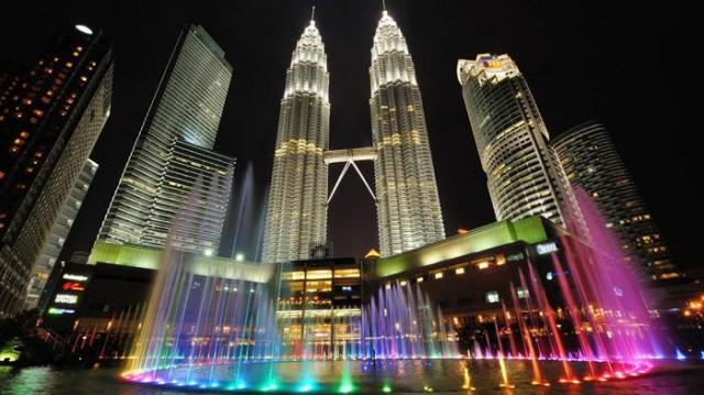 Medical check up sekalian jalan-jalan ke malaysia